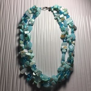 Jewelry - Teal stone and crystal necklace
